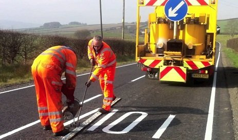 road marking machine woking
